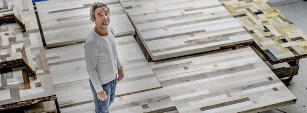 Piet Hein Eek, Meister des Altholz Recyclings